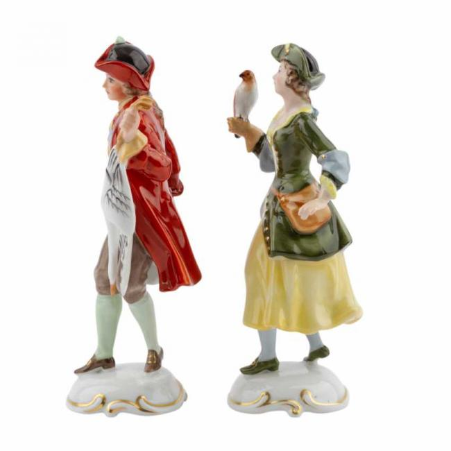 Lot 605. Rosenthal  Group 2 figurines of Lady Falconer and Falconer 20th century 3